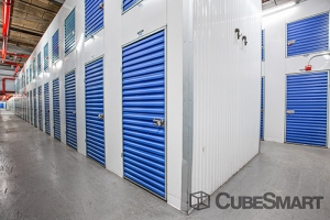 CubeSmart Self Storage - Queens - 122-20 Merrick Blvd - Photo 7