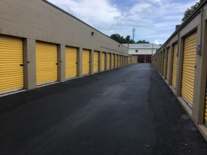 Image of Life Storage - Mount Pleasant Facility at 1471 Center St Ext  Mt Pleasant, SC
