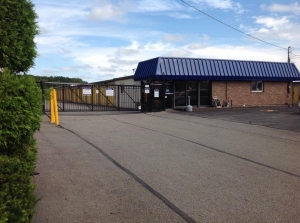 Image of Life Storage - Austintown Facility on 3690 Leharps Dr  in Austintown, OH - View 4