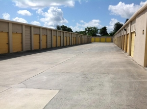Life Storage - Port Saint Lucie - 8531 South Federal Highway - Photo 3
