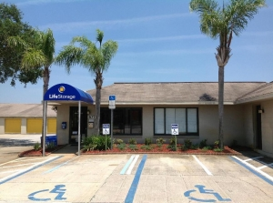Image of Life Storage - Debary Facility on 3075 Enterprise Rd  in Debary, FL - View 2