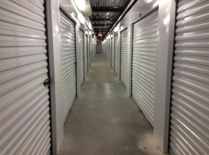 Life Storage - Middletown - Industrial Drive - Photo 3