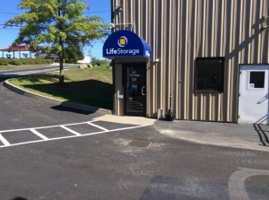 Life Storage - Middletown - Industrial Drive - Photo 5