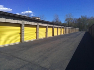 Image of Life Storage - North Haven Facility on 30 Stillman Rd  in North Haven, CT - View 4