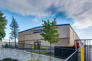 Image of Life Storage - Williamsville Facility on 8161 Main St  in Williamsville, NY - View 4