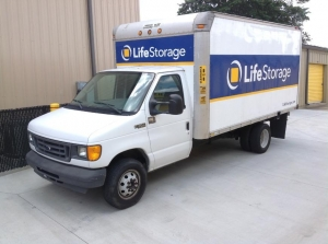 Image of Life Storage - Raleigh - South Wilmington Street Facility on 2401 S Wilmington St  in Raleigh, NC - View 2