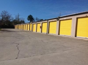 Image of Life Storage - Columbia - Parklane Road Facility on 7403 Parklane Rd  in Columbia, SC - View 3