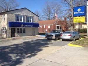 Life Storage - Newport News - Jefferson Avenue