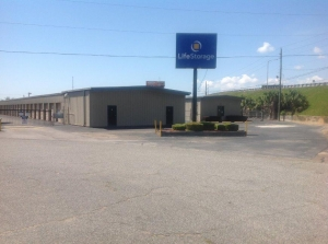 Life Storage - Pensacola - East Fairfield Drive - Photo 9