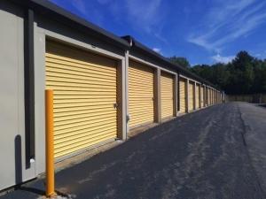 Image of Life Storage - Glastonbury Facility on 269 Oakwood Dr  in Glastonbury, CT - View 3