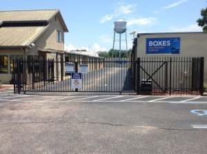 Life Storage - Pensacola - North Navy Boulevard - Photo 6