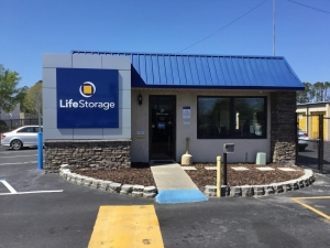Life Storage - Orange Park - 918 Blanding Boulevard - Photo 8
