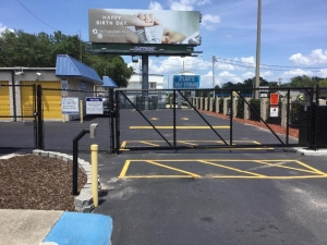 Image of Life Storage - Orange Park - 918 Blanding Boulevard Facility on 918 Blanding Blvd  in Orange Park, FL - View 4