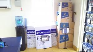 Life Storage - Tampa - West Columbus Drive - Photo 7