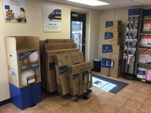 Life Storage - Clearwater - North Belcher Road - Photo 8