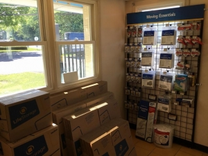 Life Storage - Mechanicsburg - Salem Church Rd - Photo 8