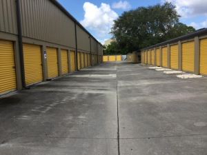Life Storage - Fort Myers - Central Avenue
