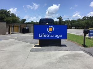 Image of Life Storage - Summerville Facility on 422 Old Trolley Rd  in Summerville, SC - View 2