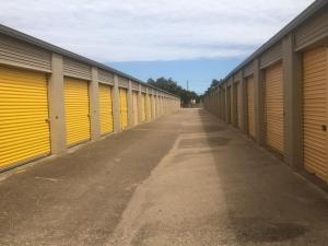 Image of Life Storage - Arlington - Duncan Perry Road Facility on 1061 Duncan Perry Rd  in Arlington, TX - View 3