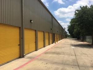 Picture 3 of Life Storage - San Antonio - Tezel Road - FindStorageFast.com