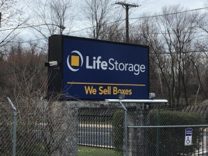 Image of Life Storage - Landover Facility on 2929 Pennsy Dr  in Landover, MD - View 4