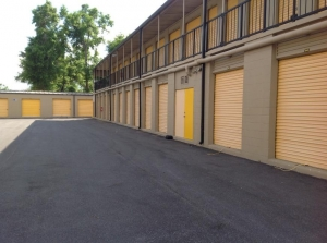 Image of Life Storage - Casselberry Facility on 130 Concord Dr  in Casselberry, FL - View 3