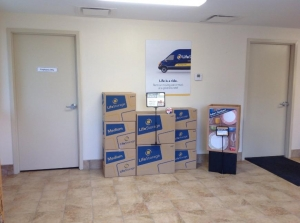 Image of Life Storage - Youngstown Facility on 446 Boardman Canfield Rd  in Youngstown, OH - View 2