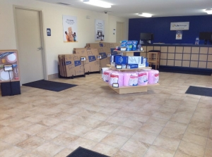 Image of Life Storage - Youngstown Facility on 446 Boardman Canfield Rd  in Youngstown, OH - View 3