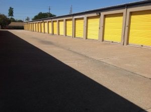 Image of Life Storage - Bedford - Broadway Avenue Facility on 1455 Broadway Ave  in Bedford, OH - View 2