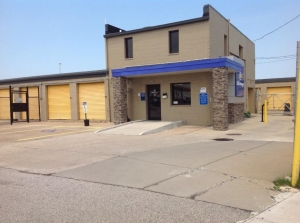 Image of Life Storage - Cleveland - West 130th Street Facility on 4976 W 130th St  in Cleveland, OH - View 2