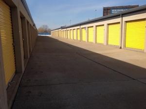 Life Storage - Cleveland - Neff Road - Photo 5