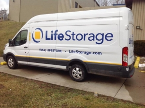 Image of Life Storage - Cleveland - McCracken Road Facility on 15101 McCracken Rd  in Cleveland, OH - View 4