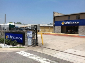 Life Storage - Sanford - Photo 8