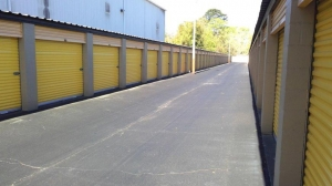 Life Storage - Savannah - Montgomery Street - Photo 4