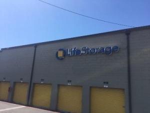 Image of Life Storage - Richardson - Centennial Boulevard Facility on 140 Centennial Blvd  in Richardson, TX - View 2