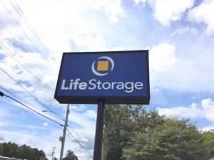 Image of Life Storage - Marietta - Roswell Road Facility at 1725 Roswell Rd  Marietta, GA