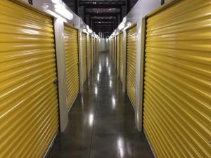 Life Storage - Virginia Beach - Central Drive - Photo 5