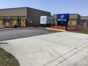 Image of Life Storage - Norfolk - South Naval Base Road Facility on 385 S Naval Base Rd  in Norfolk, VA - View 4