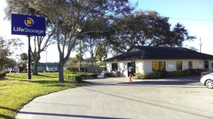 Image of Life Storage - Tampa - East Hillsborough Avenue Facility on 6010 E Hillsborough Ave  in Tampa, FL - View 2