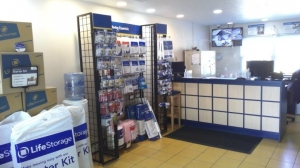 Life Storage - Harriman - Photo 5