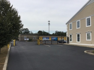 Image of Life Storage - East Greenwich - South County Trail Facility at 2771 S County Trl  East Greenwich, RI