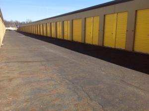 Image of Life Storage - Warren - Elm Road Northeast Facility on 3787 Elm Rd NE  in Warren, OH - View 3