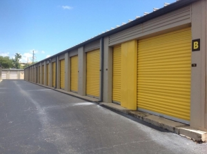 Image of Life Storage - Pompano Beach - West Sample Road Facility on 1500 W Sample Rd  in Pompano Beach, FL - View 4