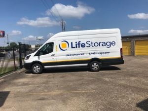 Image of Life Storage - Humble - 1701 FM 1960 Road East Facility on 1701 Fm 1960 Rd E  in Humble, TX - View 4