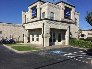 Image of Life Storage - Webster - Highway 3 Facility on 16650 Highway 3  in Webster, TX - View 3