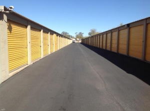 Life Storage - Phoenix - East Bell Road - Photo 2