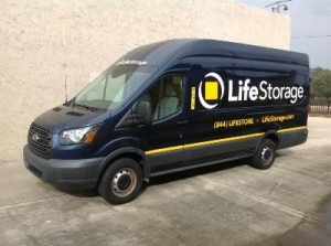 Cheap Storage Units At Life Storage Cocoa In 32922