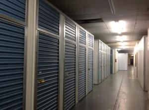 Image of Life Storage - Plantation Facility on 5605 W Sunrise Blvd  in Plantation, FL - View 4