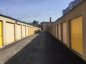 Image of Life Storage - Dracut Facility on 73 Pleasant St  in Dracut, MA - View 4