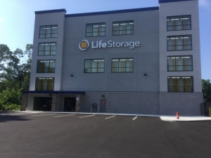 Image of Life Storage - Dracut Facility on 73 Pleasant St  in Dracut, MA - View 3